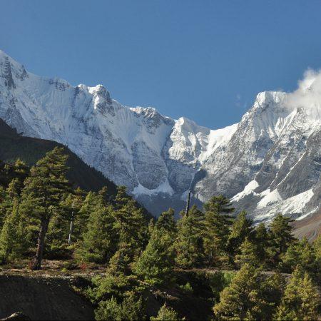 Annapurna range from trekking route in Annapurna Circuit