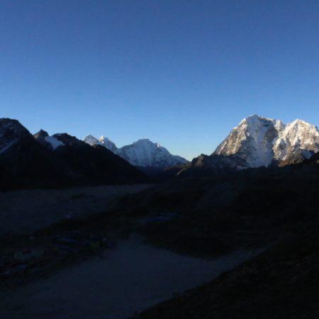 Renjo-la Peak